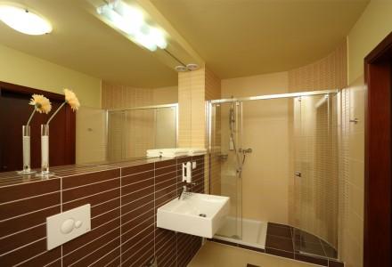 apartamenty-zlota-nic-apartament-exclusive-prysznic